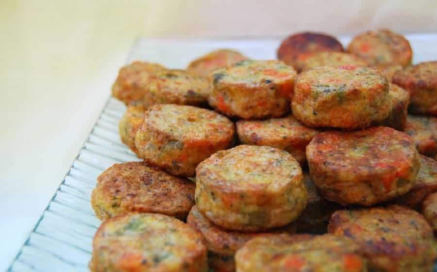 Beignets de courgettes au coulis de tomate