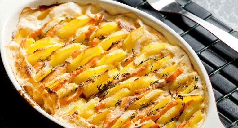 Gratin de pommes de terre au saumon fumé