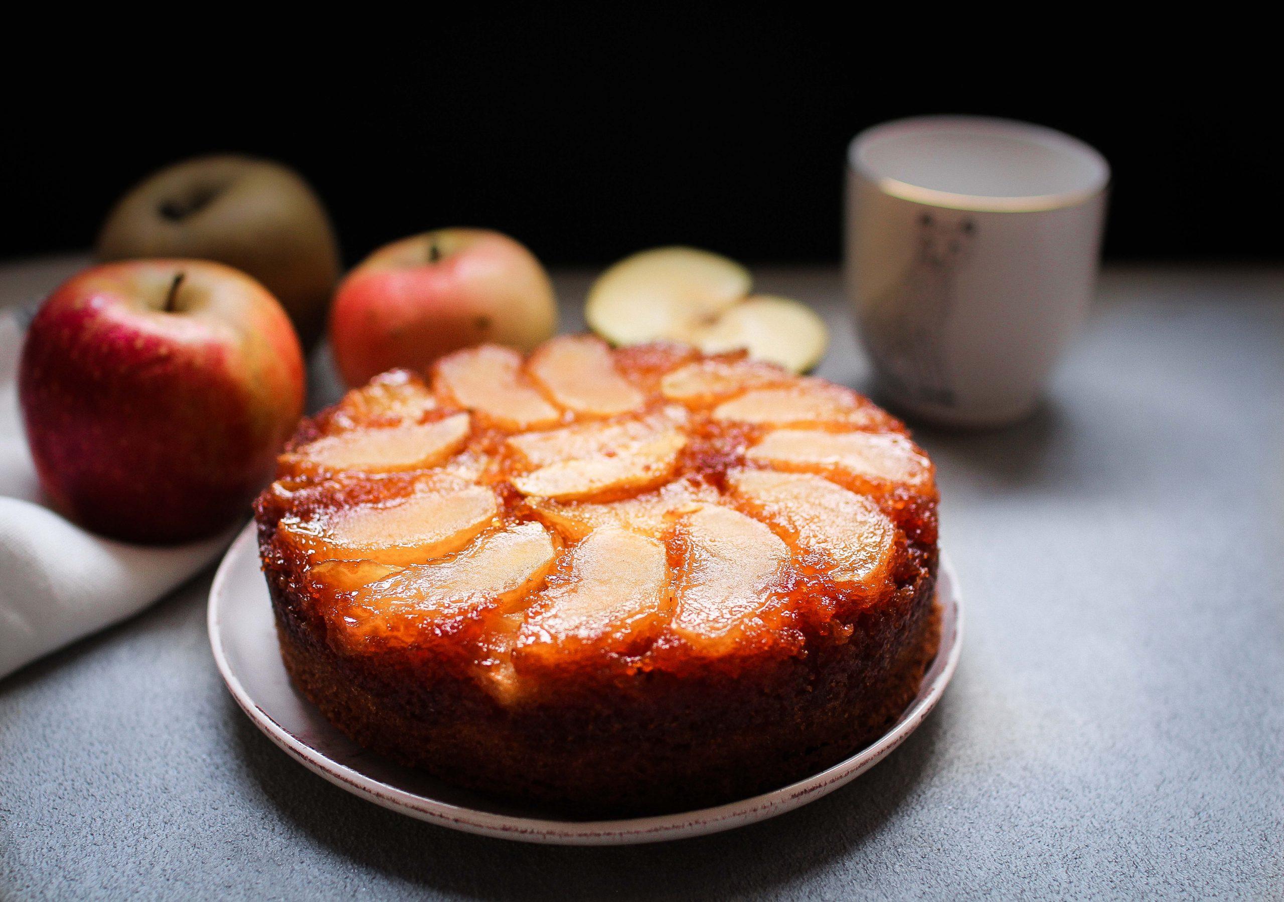 Quatre quart aux pommes caramélisées