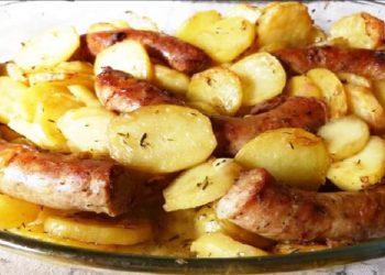 Saucisse confite et pommes de terre fondantes