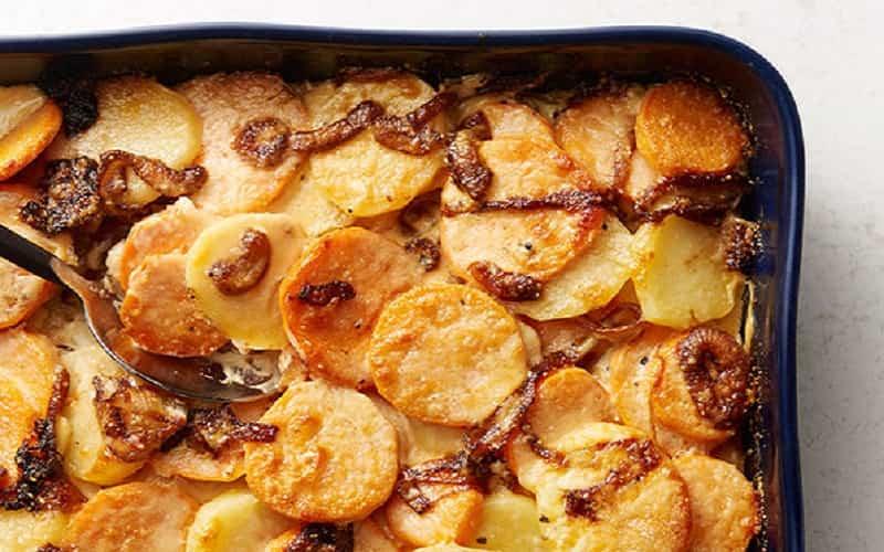 Gratin de patates douces et oignons caramélisés