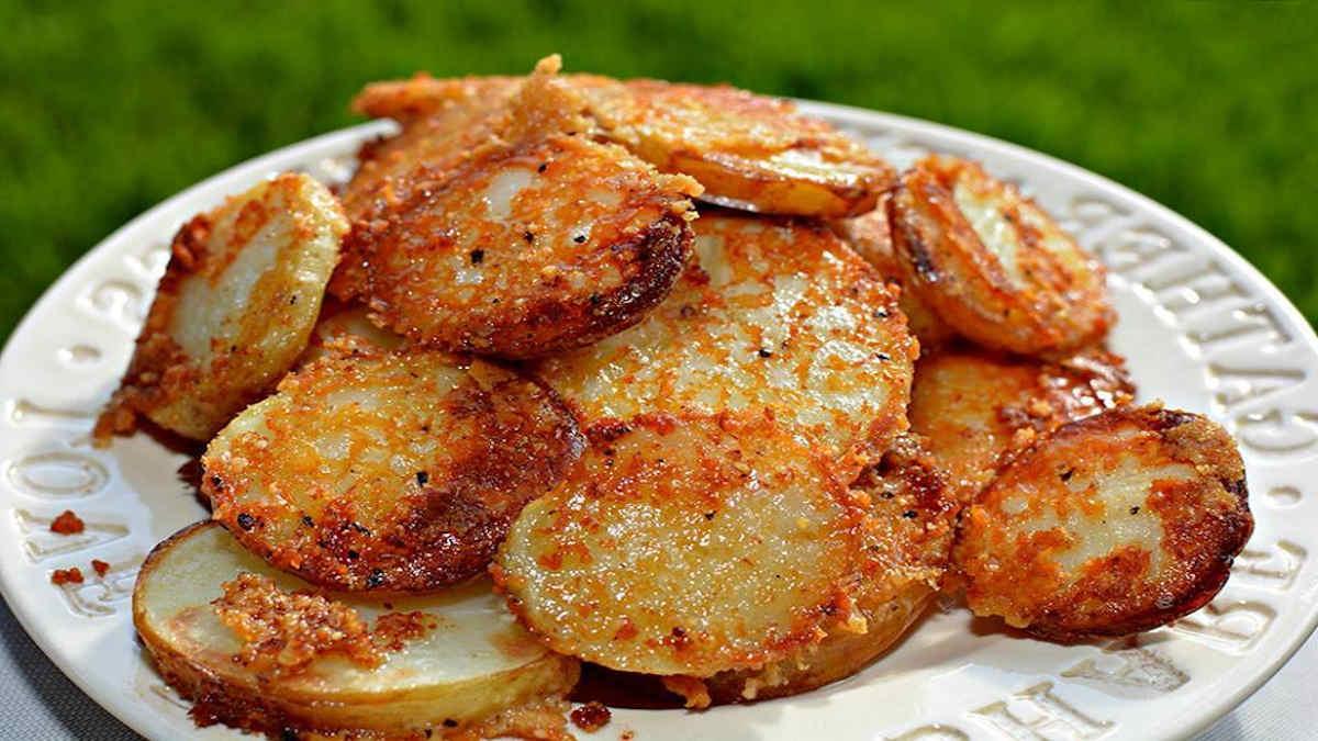 Pommes de terre au parmesan rôties croustillantes