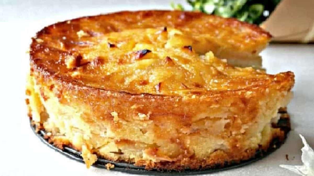 Un Gros gâteau aux pommes