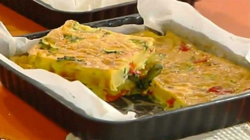 Omelette de pommes de terre et légumes