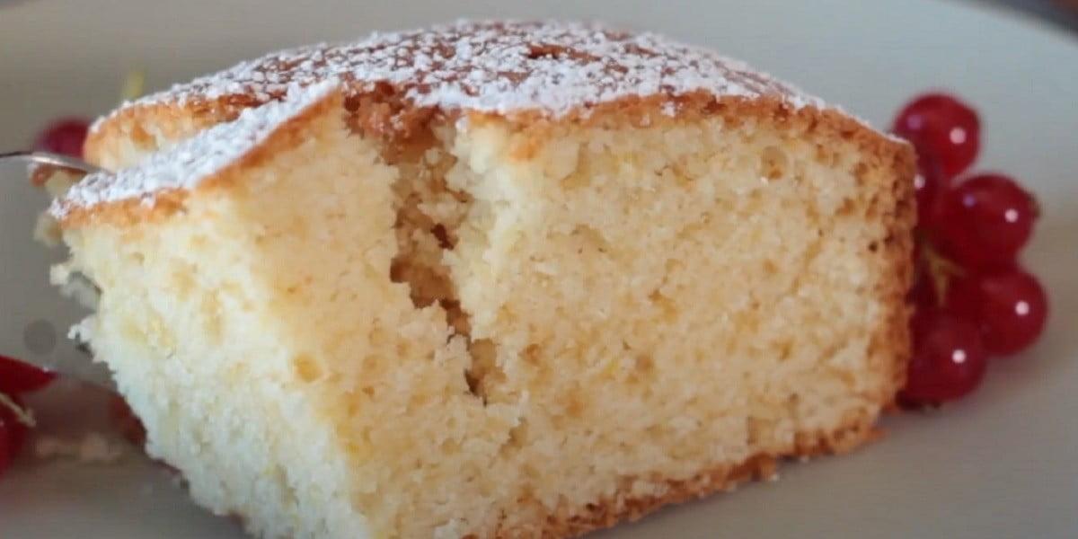 Gâteau au yogourt et citron moelleux