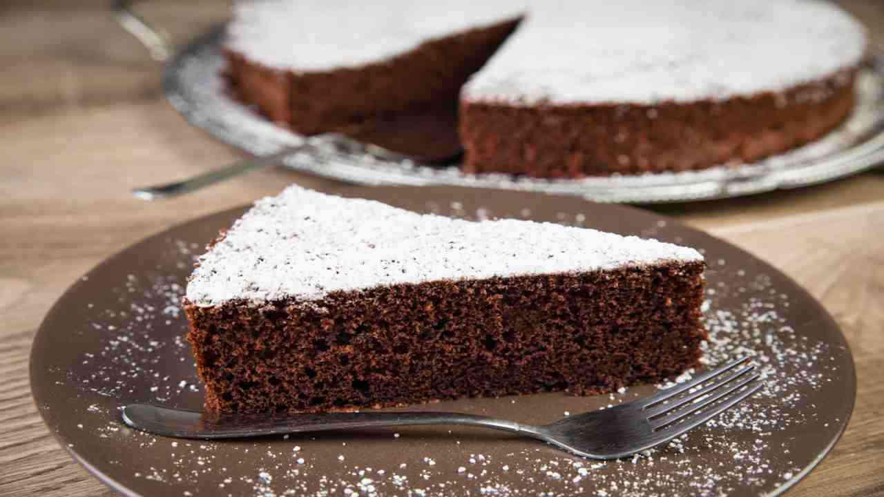 Gâteau nuage noir