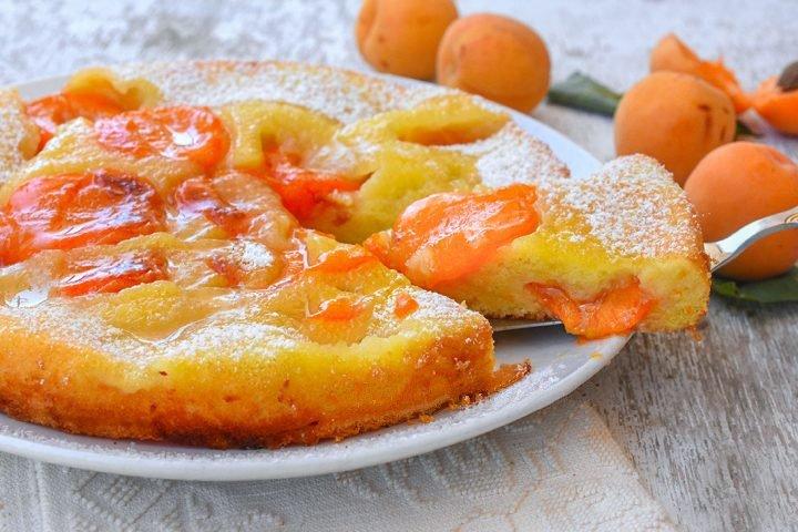 Gâteau aux abricots renversée