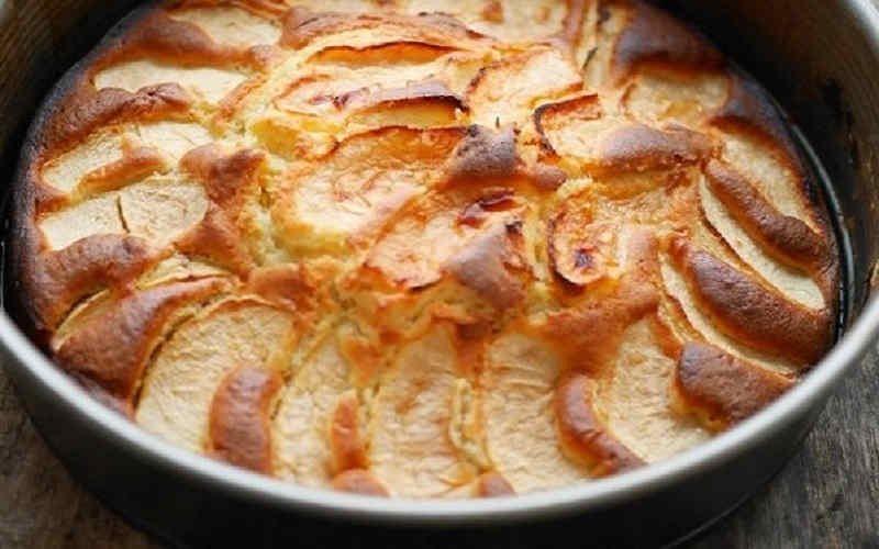 Gâteau pommes et crème fraîche