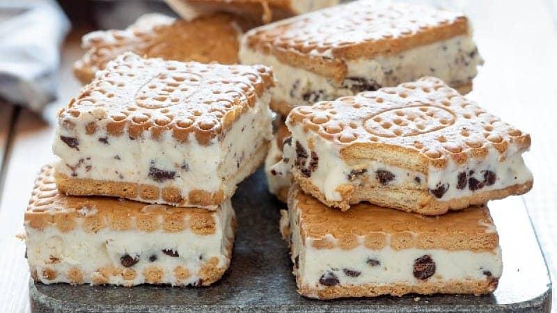 Biscuits à la crème glacée maison