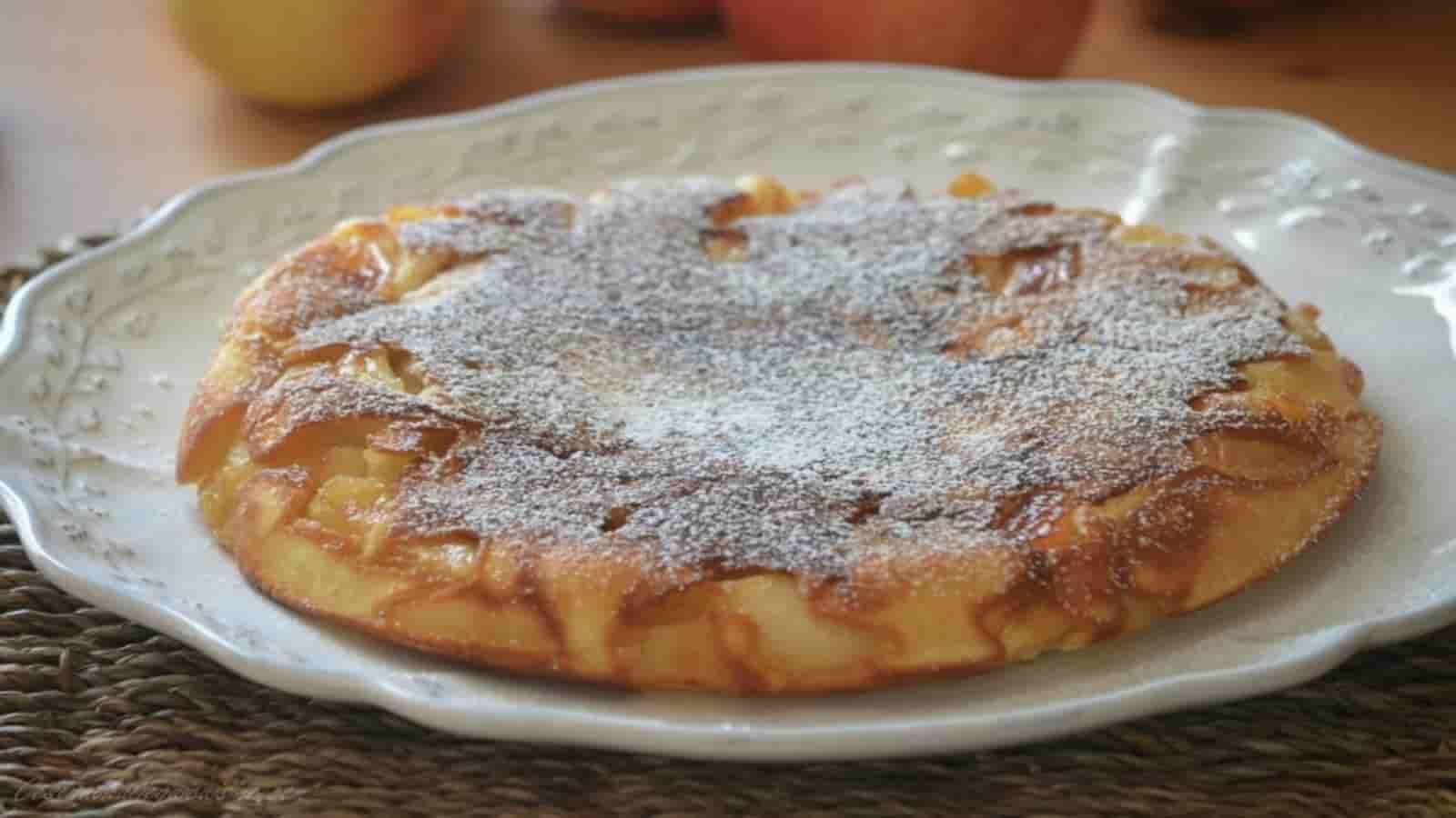 Gâteau aux pommes à la poêle simple