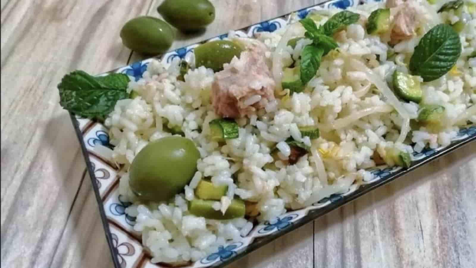 Salade de riz au thon et aux courgettes