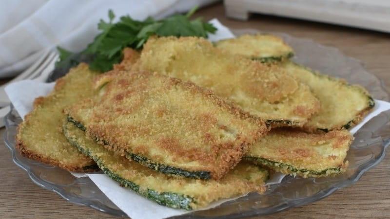 Tranches de courgettes au parmesan à la poêle