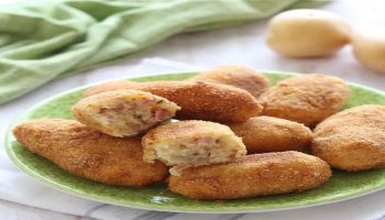 Croquettes de pommes de terre et salami