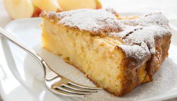 Gâteau aux pommes et aux blancs d'oeuf