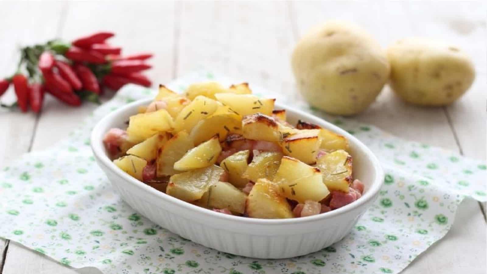 Pommes de terre et bacon au four