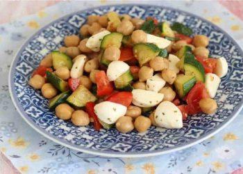 Salade de pois chiches et courgettes