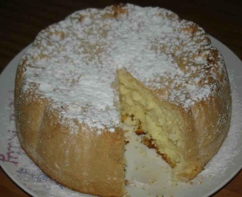 Gâteau fondant de Savoie facile