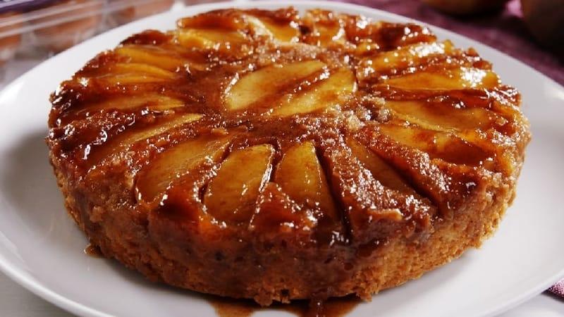 Gâteau aux pommes caramélisé