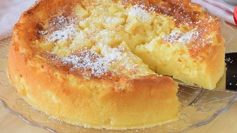 Gâteau crémeux aux pommes sans farine et sans beurre