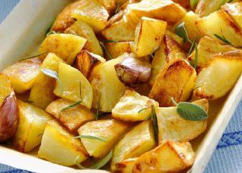 Pommes de terre croustillantes cuites